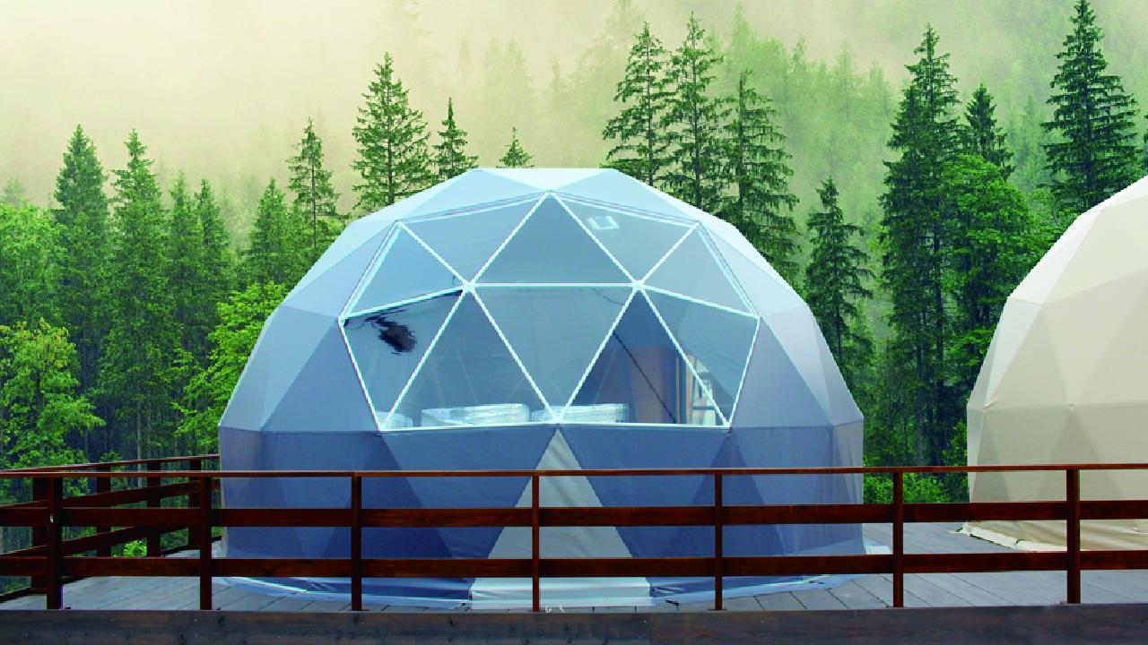 耐風性、耐荷重性に優れた金属製グランピングドーム