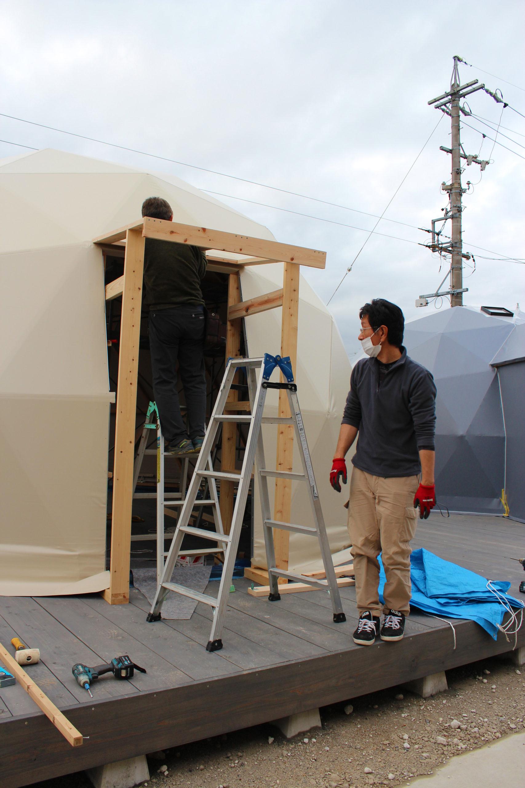 [豊田ショールーム]入口ドアの造作